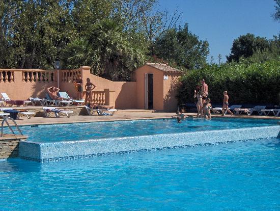 Camping Antipolis: piscine