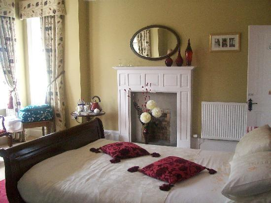 Mere Brook House: Dragon Fly Room