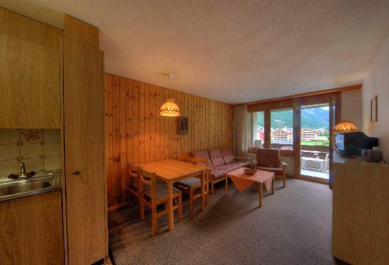 Aparthotel monte rosa t sch suisse voir les tarifs et for Appart hotel rosas