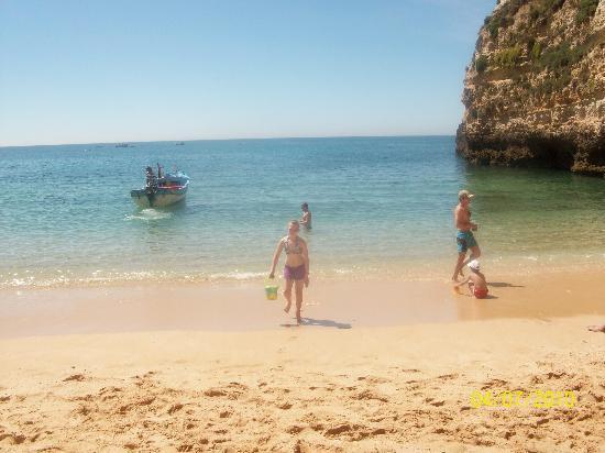 Be Smart Terrace Algarve: Award winning local beach