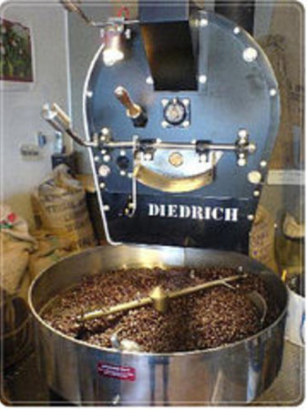 Long Beach Coffee Roasters: We roast daily on site!