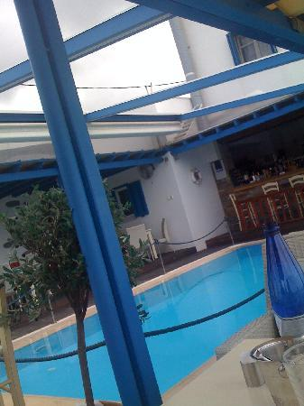 Anemos Studios: pool