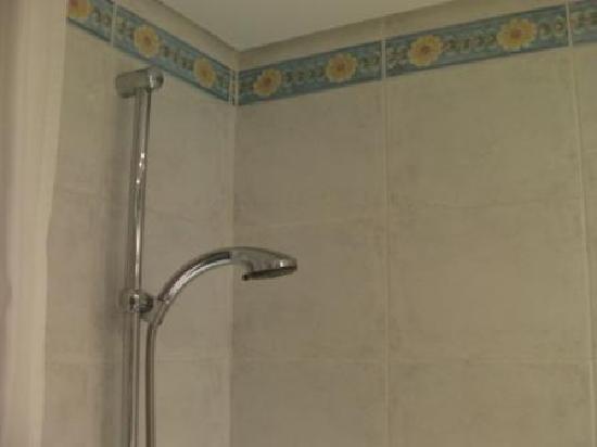 Atlantica Club Sungarden Hotel: The shower