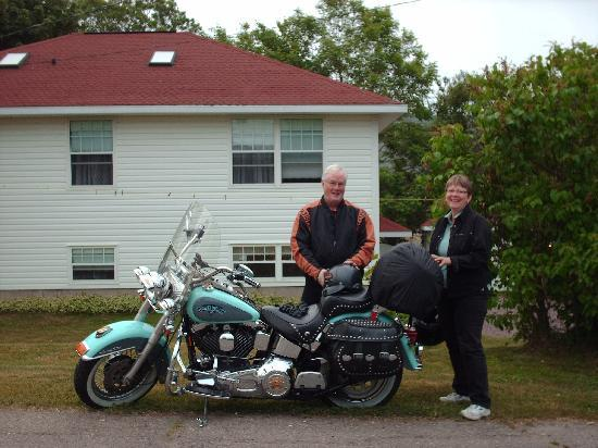 Aaron's Dove House Bed and Breakfast : Motorcycle Friendly