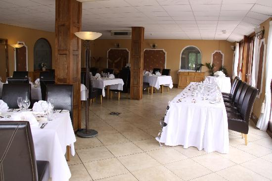 White Waters Country Hotel : The Restaurantset for our wedding