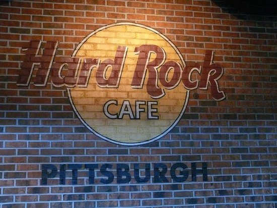 Parkinf Hard Rock Cafe Paris