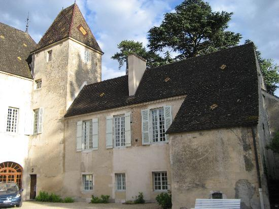 Chateau de Chorey Les Beaune : The main chateau