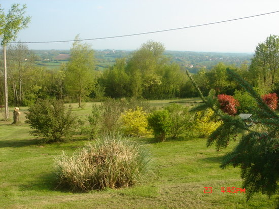 Chavin, France: Views from Patio