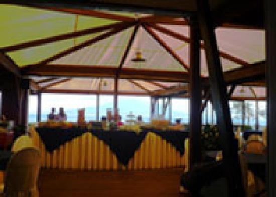 Hotel&Resort Le Axidie: Petit-déjeuner sur le toit en terrasseavec vue sur le Vésuve