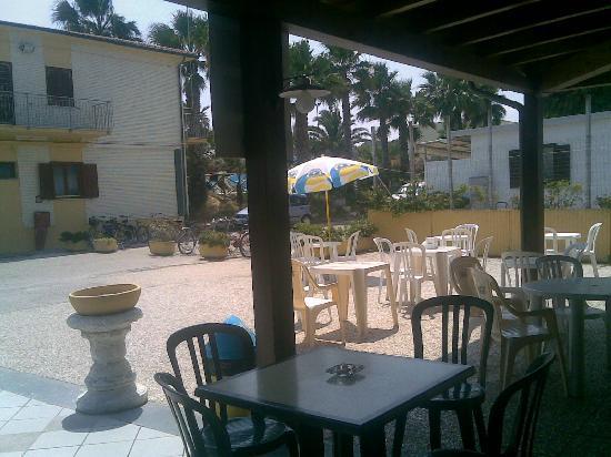 Centro Turistico Holiday Family Village: bar