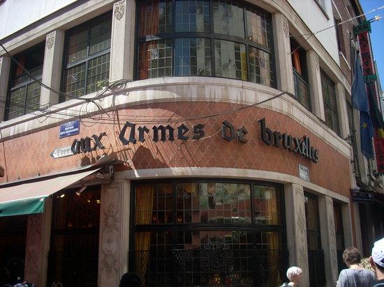 Aux Armes de Bruxelles: レストランの外観