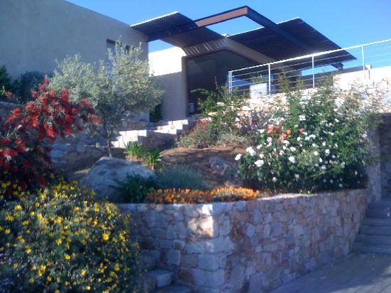 La masion depuis le jardin picture of ile rousse haute for Le jardin de la france