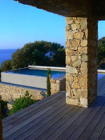piscine d bordement picture of ile rousse haute corse tripadvisor. Black Bedroom Furniture Sets. Home Design Ideas