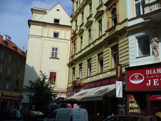 ปรากสแควร์ โฮสเทล: Prague Square Hostelo