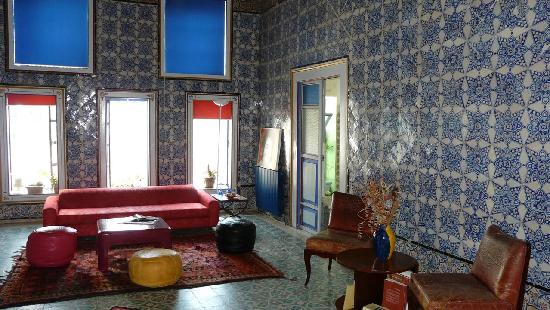 La chambre picture of la chambre bleue tunis tripadvisor for Chambre bleue tunis