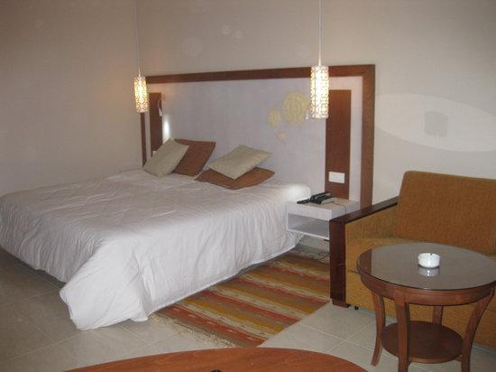 IBEROSTAR Royal El Mansour & Thalasso: la habitacion, amplia y completa