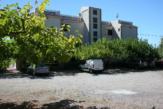 Hostal Tossalet : aparcamiento