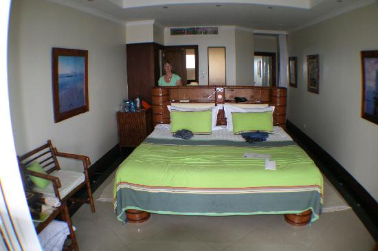 Hemingways Watamu: room