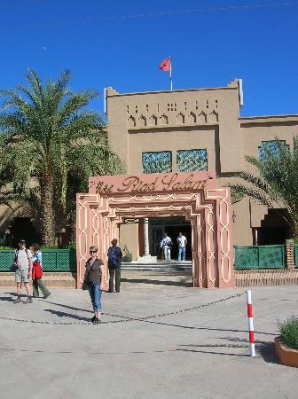 Hotel Zagora Riad Salam : Entrée de l'hôtel
