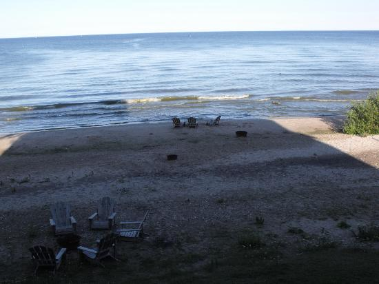 Algoma Beach Motel : View from our balcony