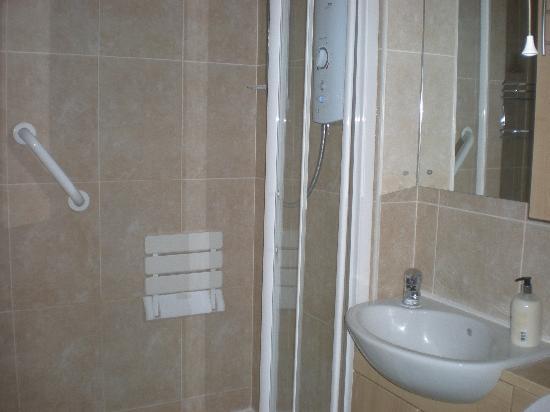 Greenacre Bed & Breakfast: Bathroom