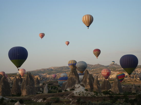 Royal Balloon - Cappadocia: Amazing views of Goreme and Ushilar below several balloons