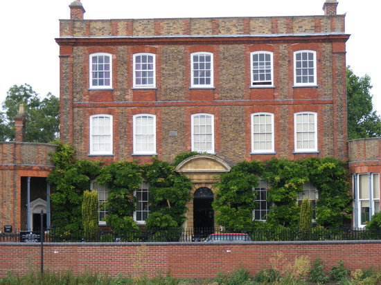 Wisbech, UK : Peckover House (front view looking from South Brink)