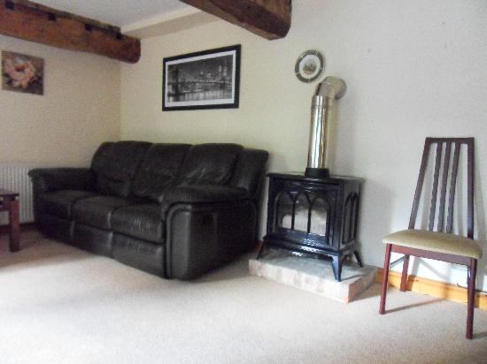 Holywell Farm: Comfortable sitting room