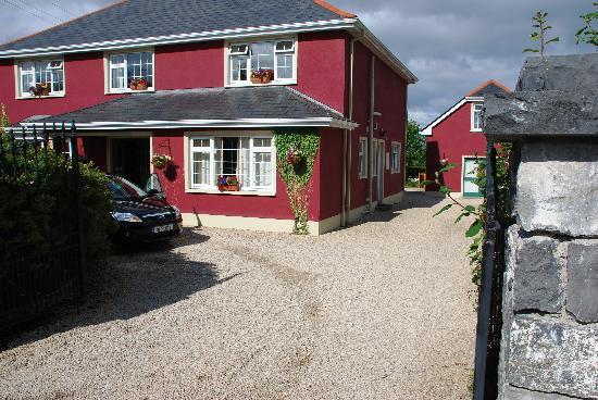 Lurgan House B&B: Arriving at Lurgan House