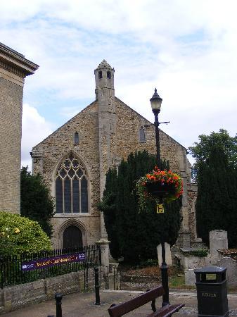 Wisbech & Fenland Museum: St Petet's church & Wisbech Museum