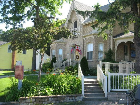 Port Stanley, Canada: Telegraph House