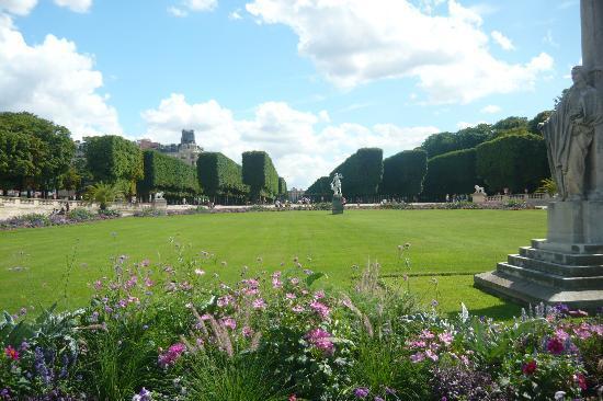 Paryż, Francja: Jardin du Luxembourg (Juillet 2010)