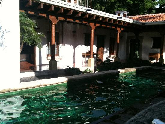 Hotel Cirilo: common area outdoors