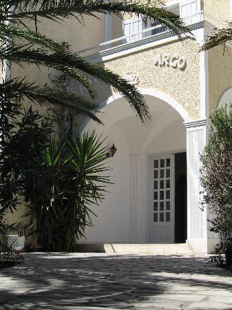 Argo Hotel: Hoteleingang