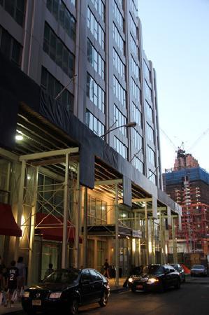 World Center Hotel: Entrée Washington Street