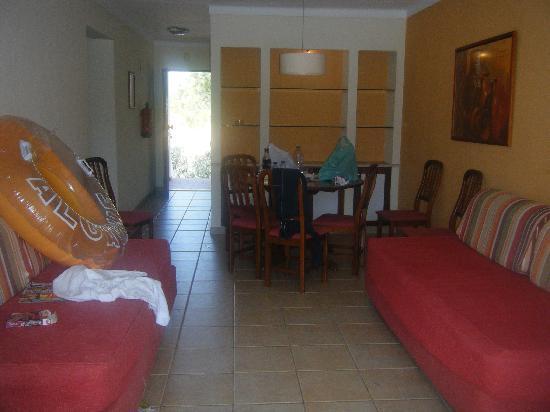 Cheerfulway Vila Alba : inside