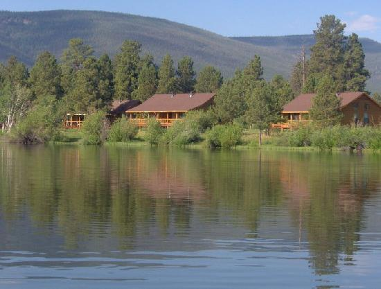 Dutch John, UT: Ponderosa Cabins