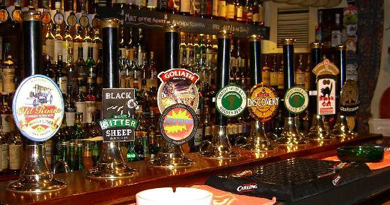 Marton Arms Hotel: Fine selection of beers and whiskey