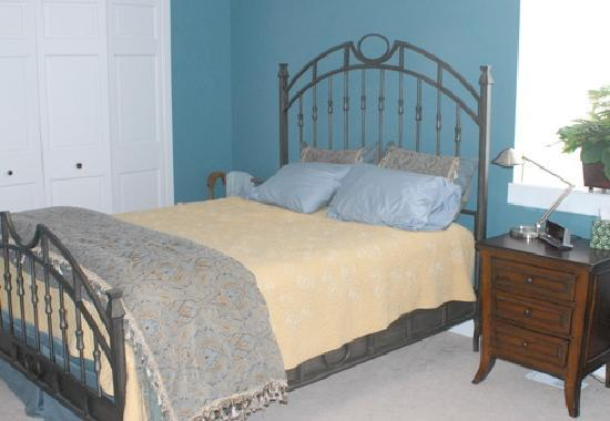Steller House B&B: The Lunar Room