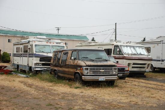Sequim West Inn & RV Park: Long time resident