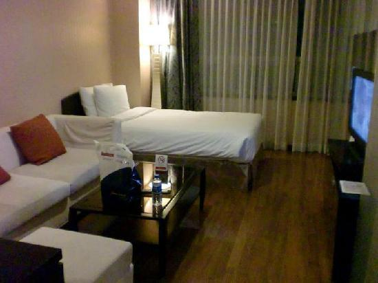 Ramada Hotel and Suites Seoul Namdaemun: Pic 3 of the room