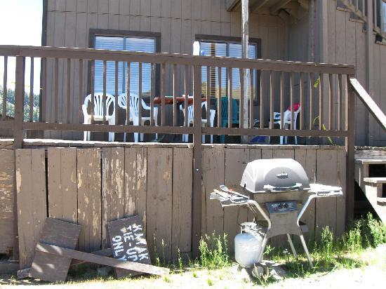 Caples Lake Resort: There's a grill next to the lodge deck and a couple tables to eat at.