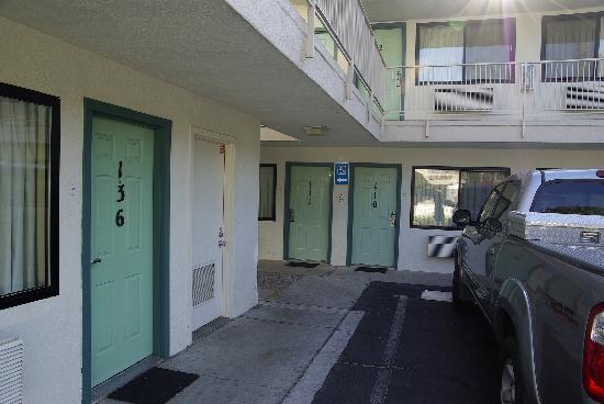 Motel 6 San Diego Hotel Circle- Mission Valley : Wir hatten das Zimmer 111