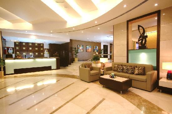 Hotel Lobby Entrance Picture Of Landmark Hotel Riqqa