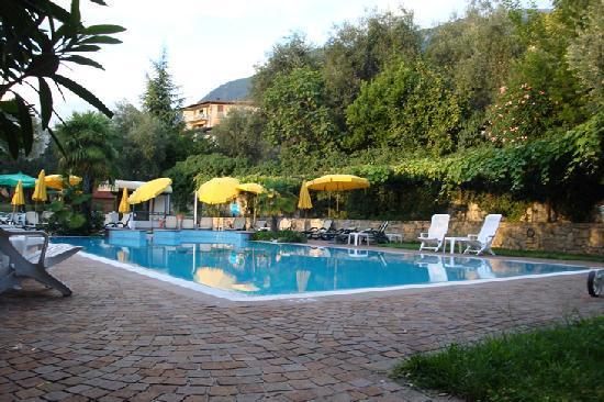 Hotel catullo bewertungen fotos preisvergleich - Hotels in verona with swimming pool ...