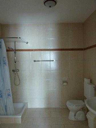 Mariastein, Østrig: Dusche/WC