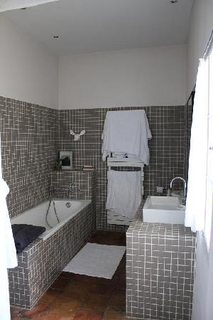 Monte Arena : Loft suite bathroom