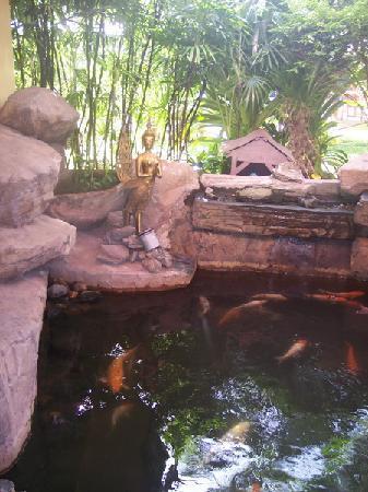 Baan Manthana Hotel: Lobby