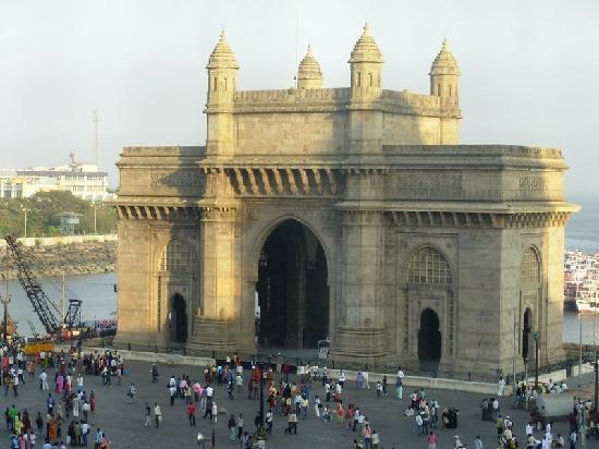 Sea Lounge : Gateway of India - view from taj bussiness center window