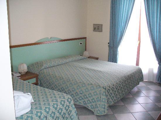 Hotel Ristorante Villa Elena: camera